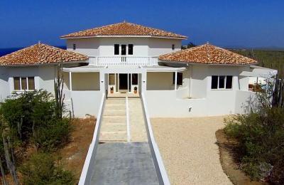 Overseas properties spirit vastgoed - Eigentijdse high end tapijten ...